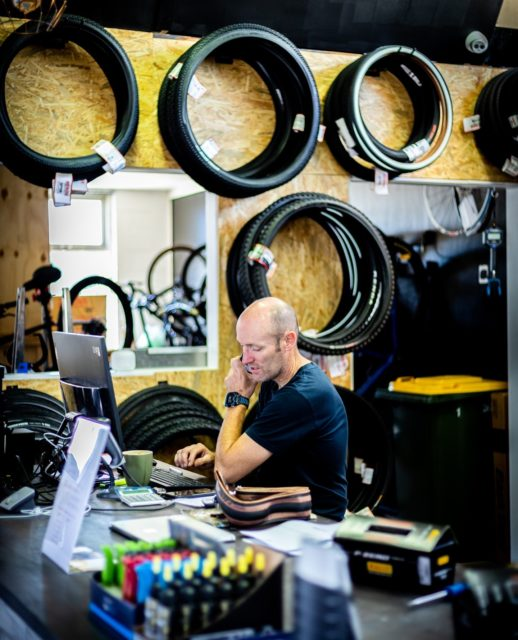 At Velo Therapy it's no secret that we share a love for all things bikes and riding.   This is why we recommend dropping your bike in for a service; to ensure its longevity and prolong its life so you can be out riding for as long as possible.  Drop your bike into our workshop today for a 48hr turnaround ⚒️
